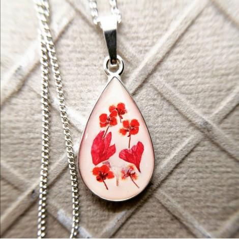 Naszyjnik - Czerwony kwiat
